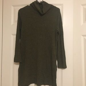 Old navy long sleeve turtle neck sweater